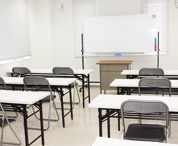 新宿・新大久保 貸し会議室205号室の室内1