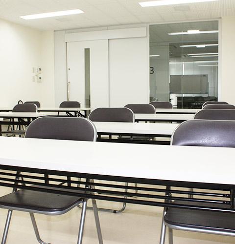 新宿(新大久保)格安貸し会議室アットフォーラム 301&302号室