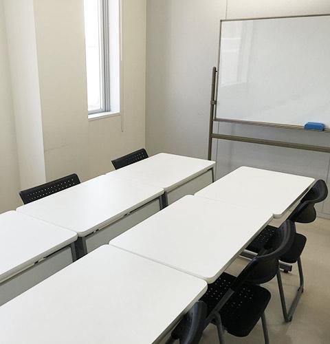 新宿(新大久保)格安貸し会議室アットフォーラム 401号室